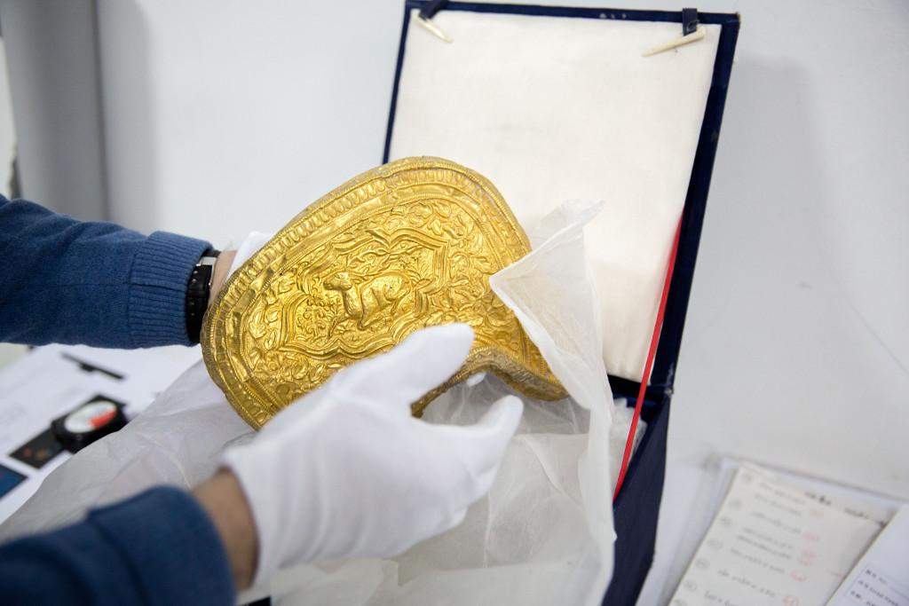 Gouden zadel Genghis Khan, wereldveroveraar te paard